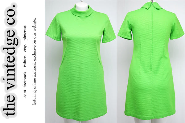 SOLD - Vintage Clothing - Womens - 50s 60s Mod Lime Green Mad Men Shift Dress 1X