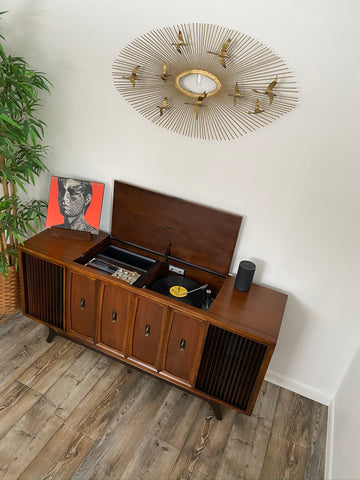**SOLD OUT**  ZENITH Vintage 60s Record Player Changer Stereo Console AM FM Bluetooth Alexa