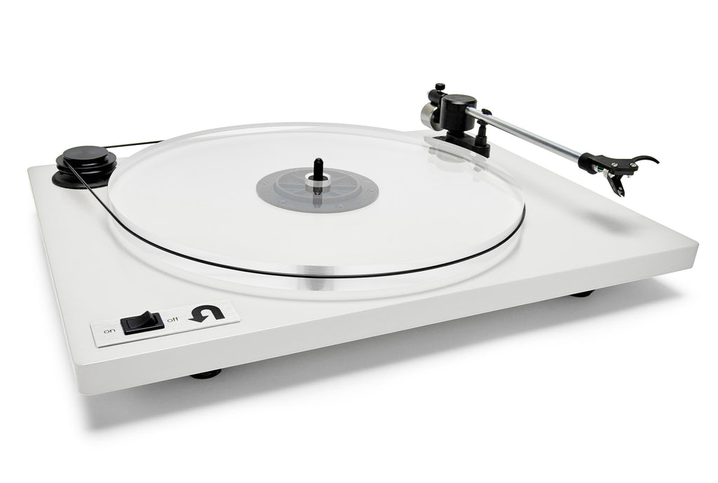 U-turn Orbit Plus w- Built in Preamp Turntable White