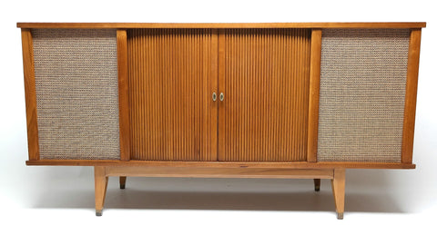 Mid Century Modern Stereo Curtis Mathis Console Record Changer - AM/FM- Tuner - Bluetooth