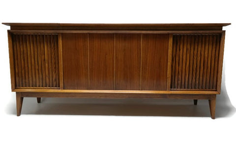 **COMING SOON** SILVERTONE Vintage Record Player Changer Stereo Console