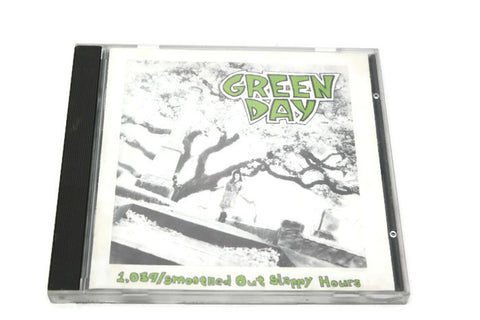 GREEN DAY - Compact Disc CD - 1,039/SMOOTH OUT SLAPPY HOURS