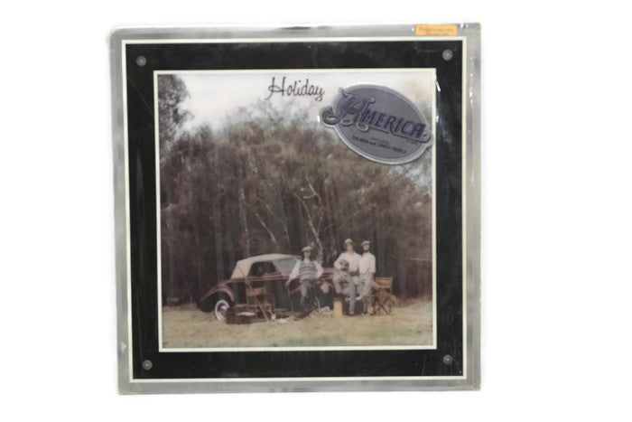 AMERICA - Vintage Vinyl Record Album - HOLIDAY