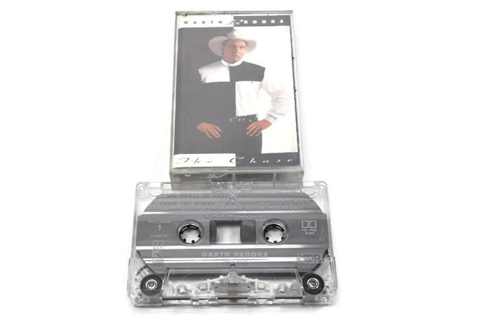 GARTH BROOKS - Vintage Cassette Tape - THE CHASE