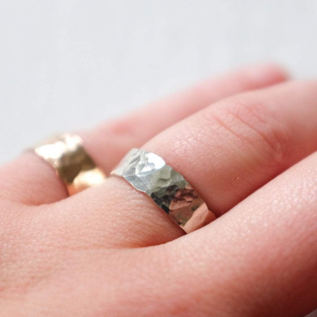 Emily's | THE HAMMERED RING | silver