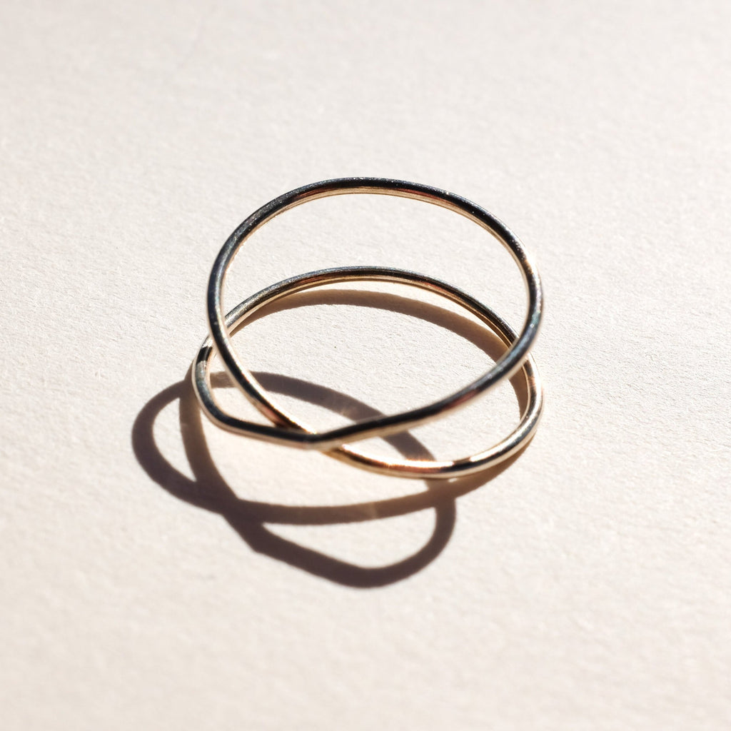 Emily's | CROSSOVER RING | gold