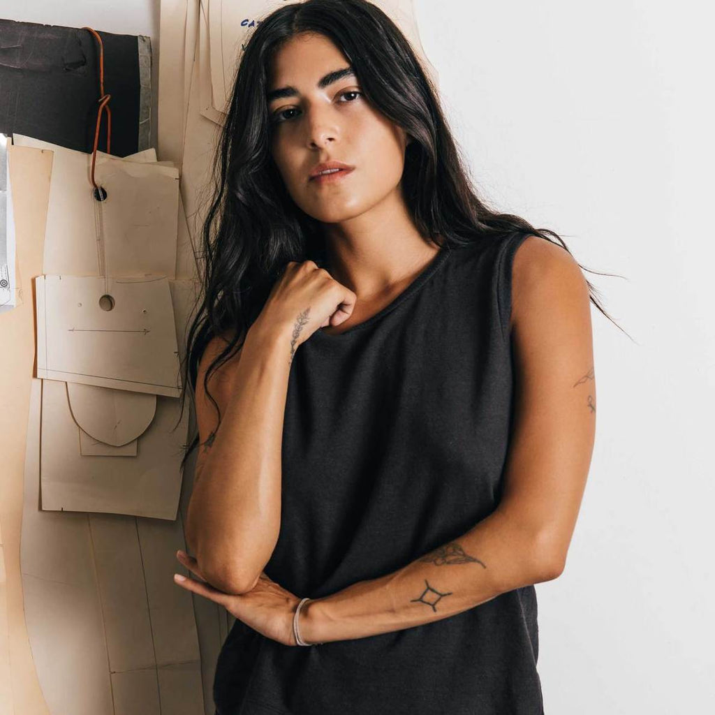 imogene + willie | LINEN COTTON MUSCLE TEE | black