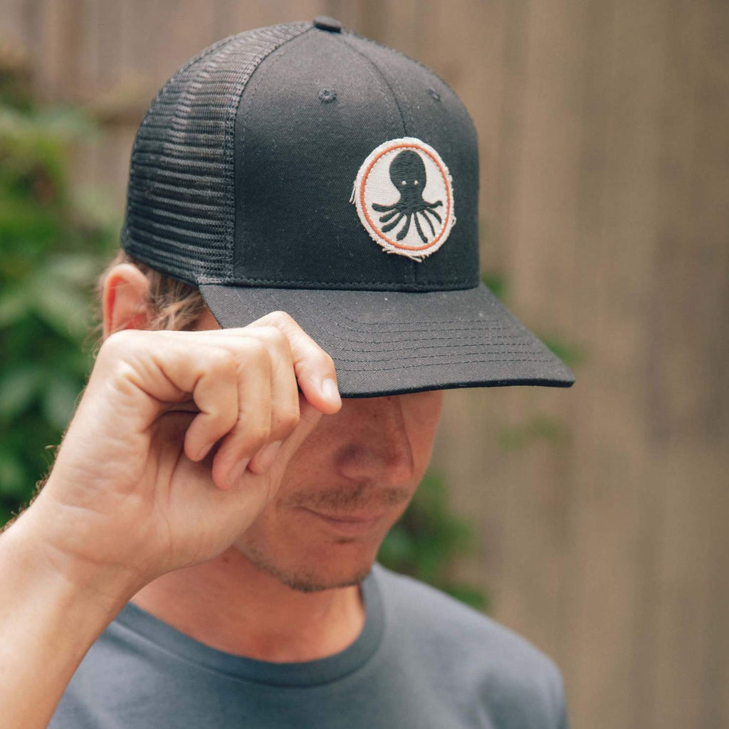 Mollusk | OCTOPUS PATCH TRUCKER HAT | black