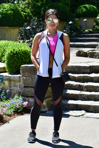Fashion Blogger Vanessa Cantu in Amelia Mesh Leggings and Serena Open Back Sports Bra from WODSuperStore.com