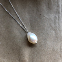 Load image into Gallery viewer, Baroque Pearl Necklace | Silver