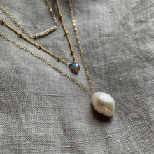 Load image into Gallery viewer, Baroque Pearl Necklace | Gold