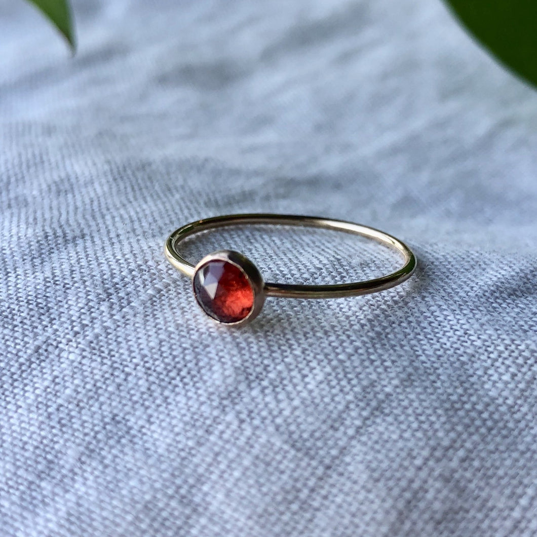 Birthstone Ring - January | Garnet