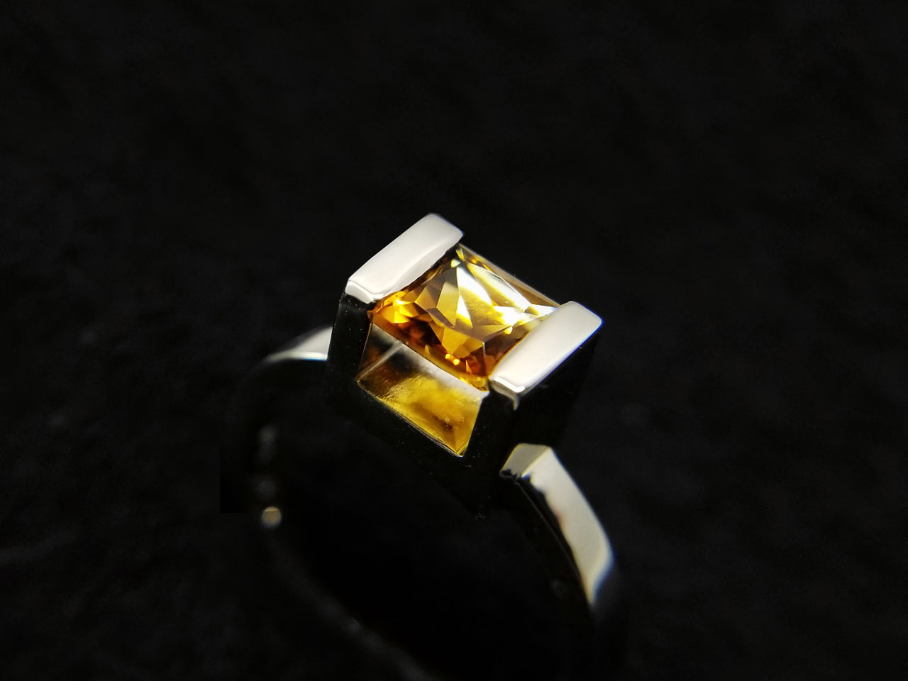 14k gold with citrine