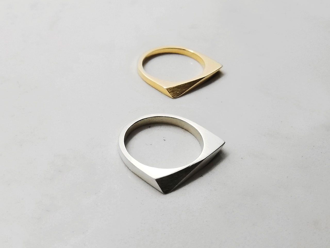 FACET RING 1.1.GOLD