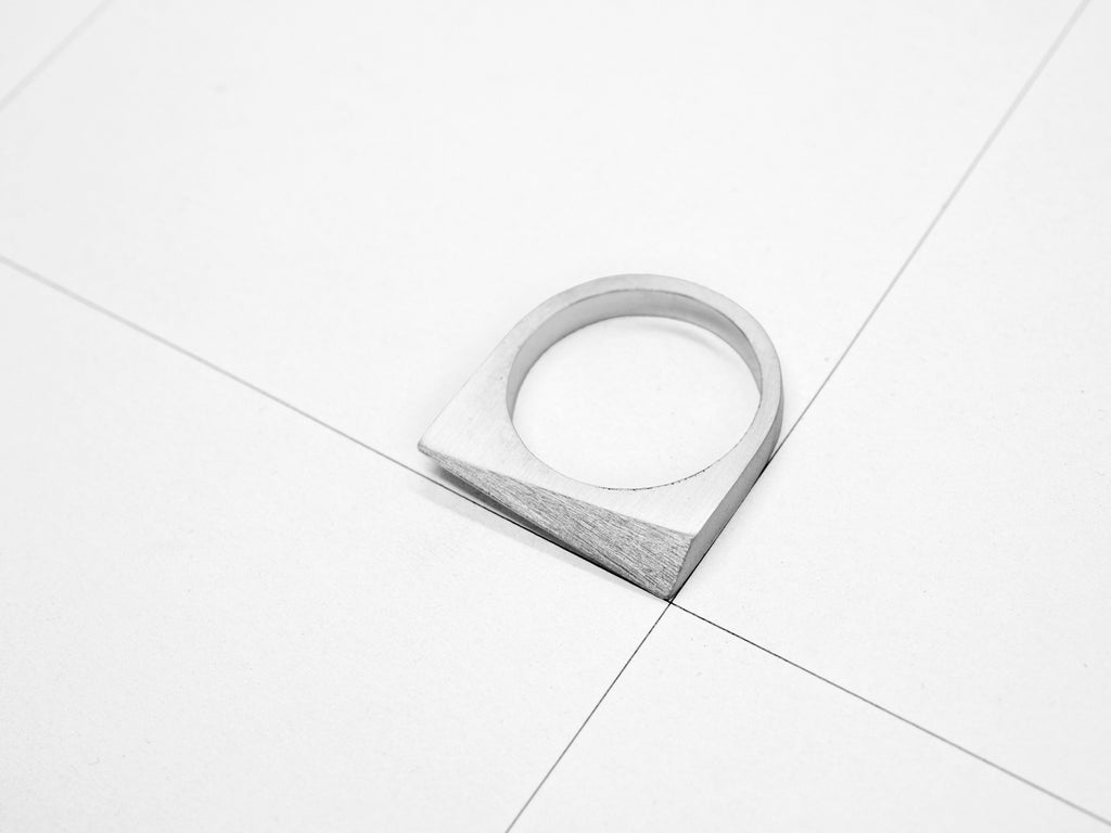 FACET RING 1.1.SILVER