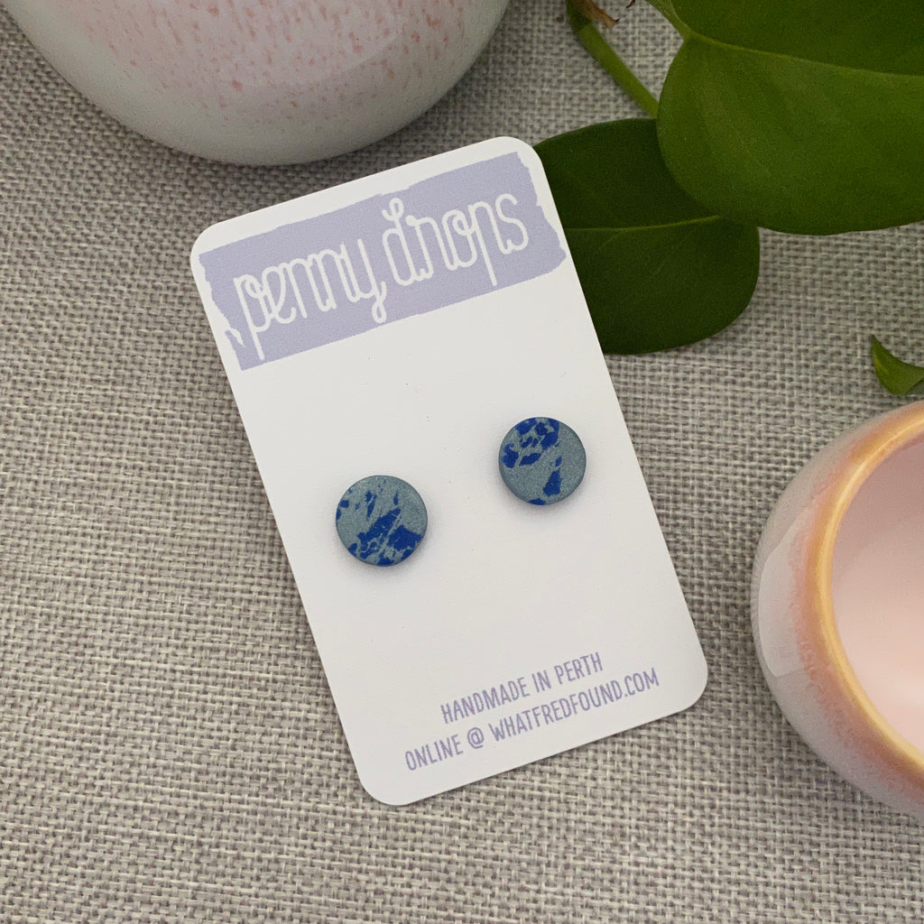 Blue Painted Stud | Round