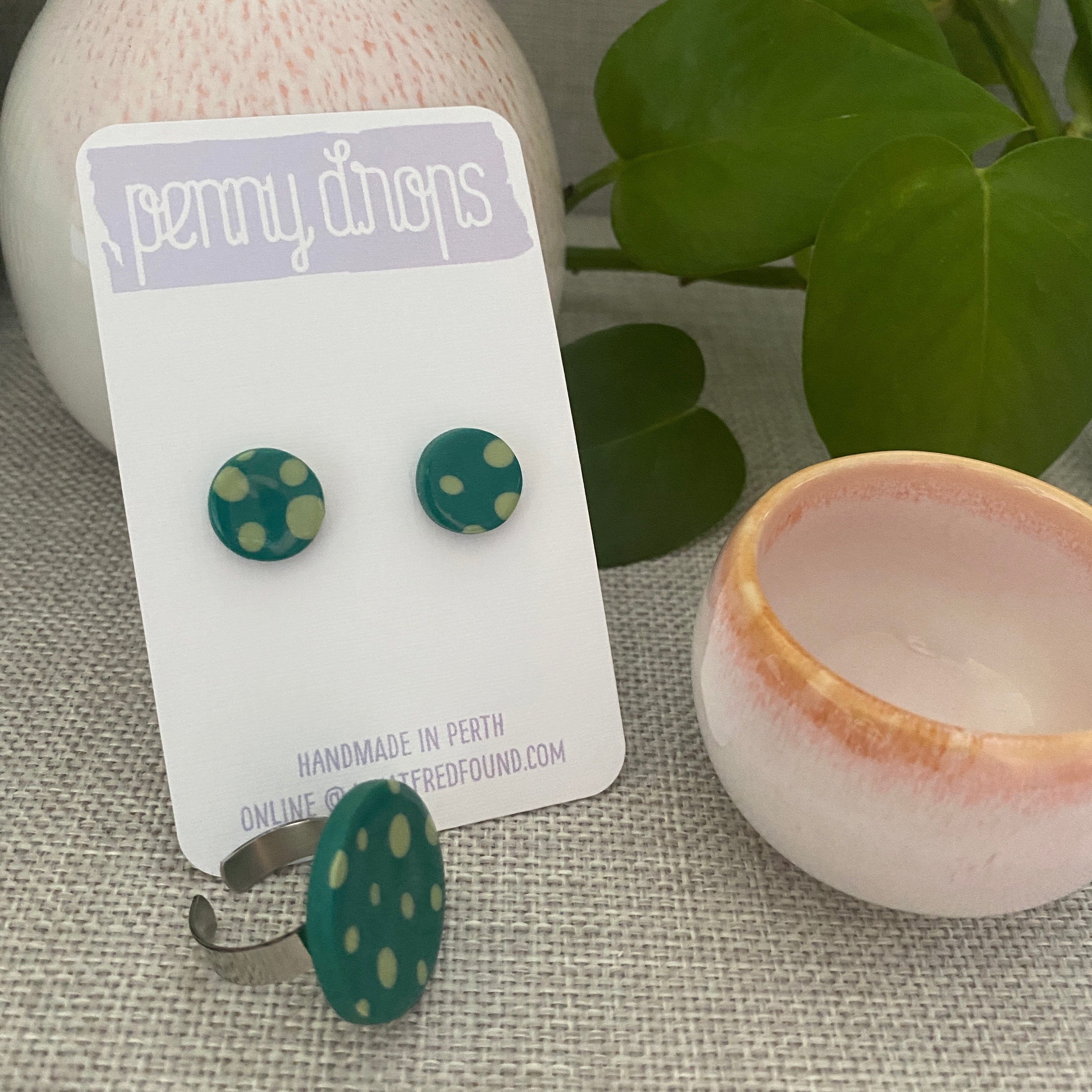 Green Spot Ring | Round