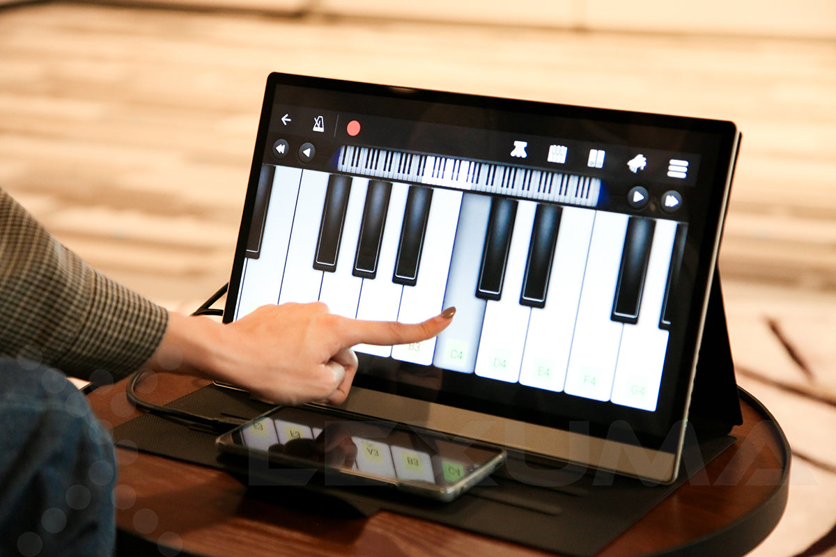 Lexuma XSCreen plus multi-touch panel playing piano touch screen