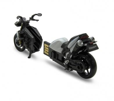 AutoDrive Triumph Street Triple 32GB USB Flash Drive - GadgetiCloud