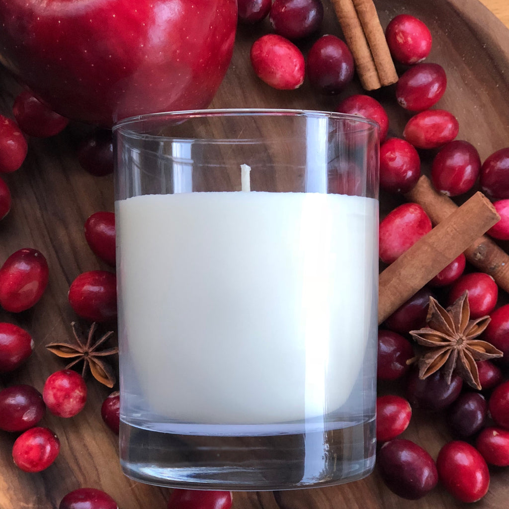 This all natural soy candle has a spicy cranberry scent.  A perfect warm scent to fill your home during the holiday season!  Over 65 hours of burn time!
