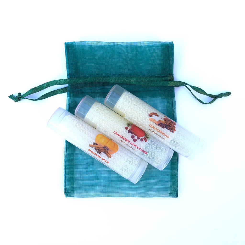 This holiday lip balm collection includes Pumpkin Spice, Cranberry Apple Cider, and Gingerbread scented lip balms.  Comes in a green or red bag of your choice!
