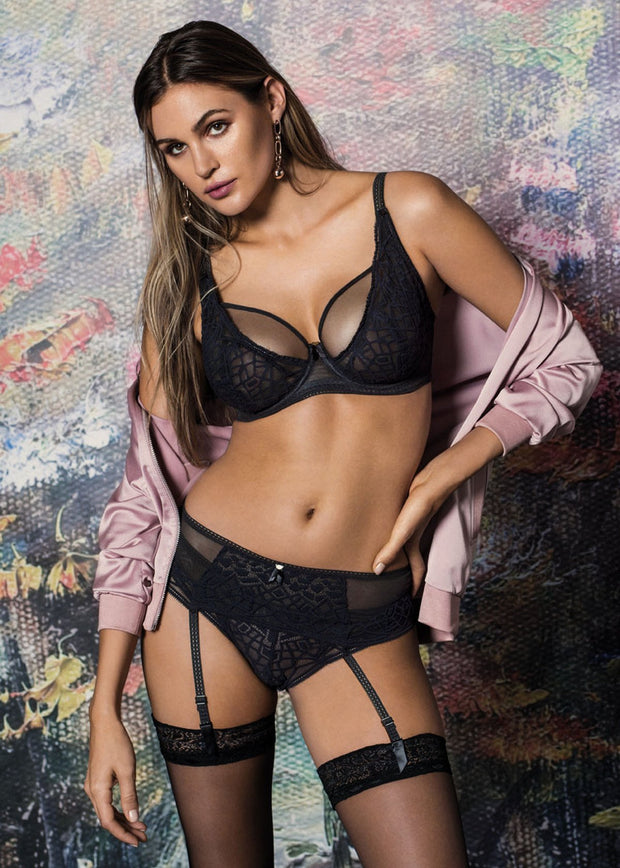 Soiree Lace High Apex Bra in Black