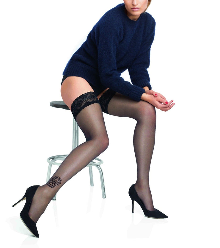 Le Bourget Couture Bas Top Blason Hold Ups With Lace Velvet tops & ankle pattern