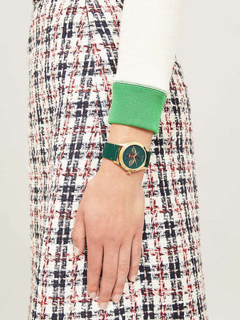 G-Timeless watch - YA1264065A - 38mm wearing