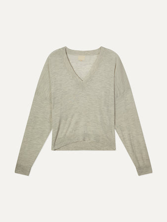 Hakueru V-neck Sweater