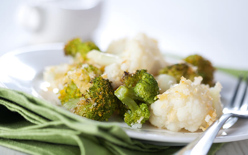 Broccoli and cauliflower on a plate