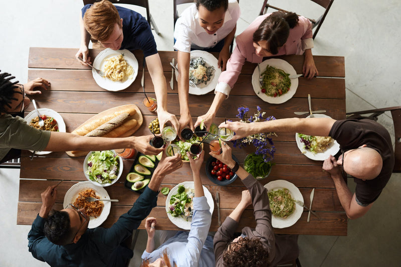 When Mealtime makes Memories - 10 Prompt Questions Guaranteed to Get Your Family Talking