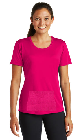 tee with pocket - raspberry