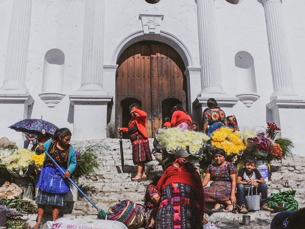 chichicastenango market women church mayalla