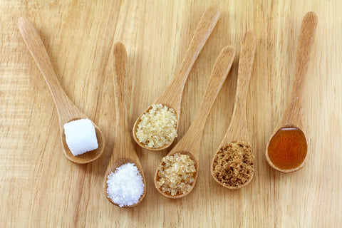 Sugar alternatives such as caramel, concentrates, dextrose, fructose, galactose, invert sugar, lactose, maltodextrin, molasses, nectars, sucrose, syrup, turbinado, muscovado. Different types of sugar alternatives.