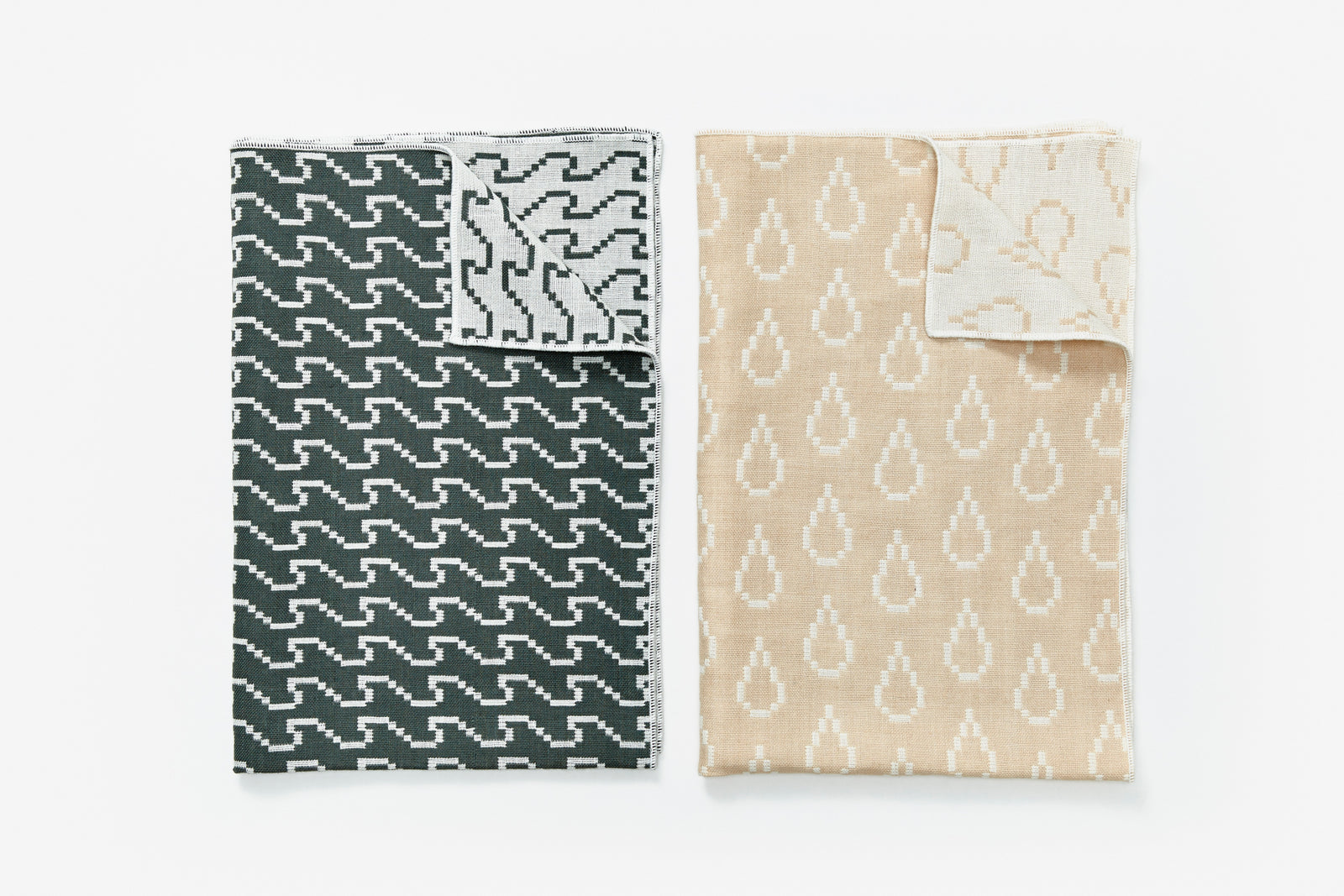Bitmap Textiles - Tea Towels Color (Waves and Drops)