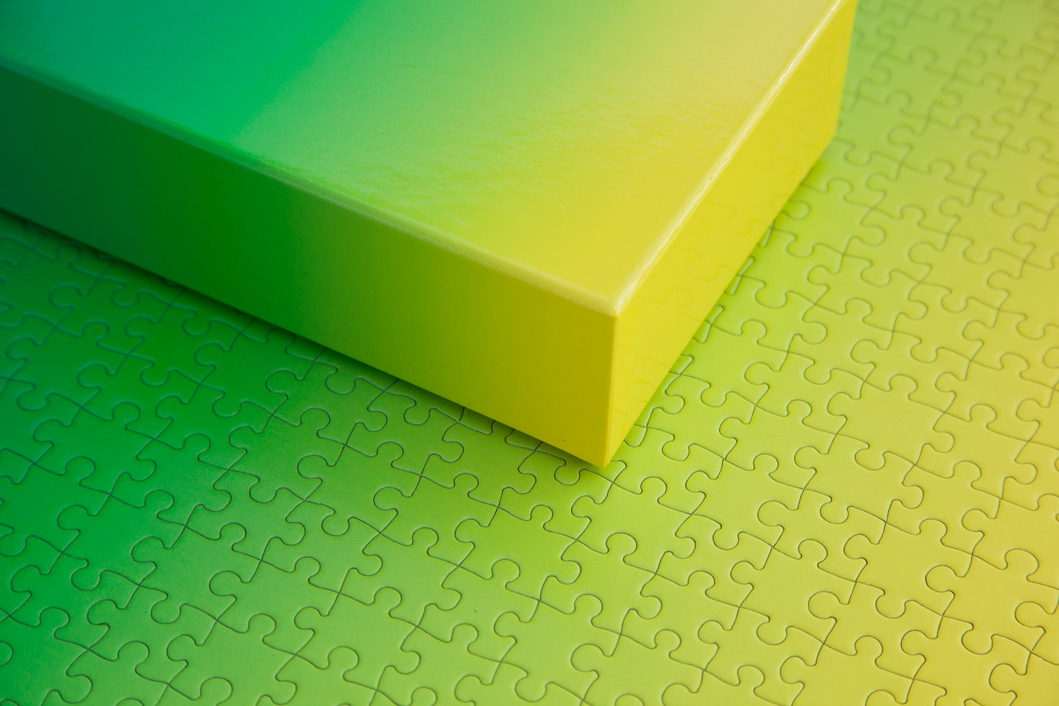 Green And Paper areaware   gradient puzzle   green/yellow
