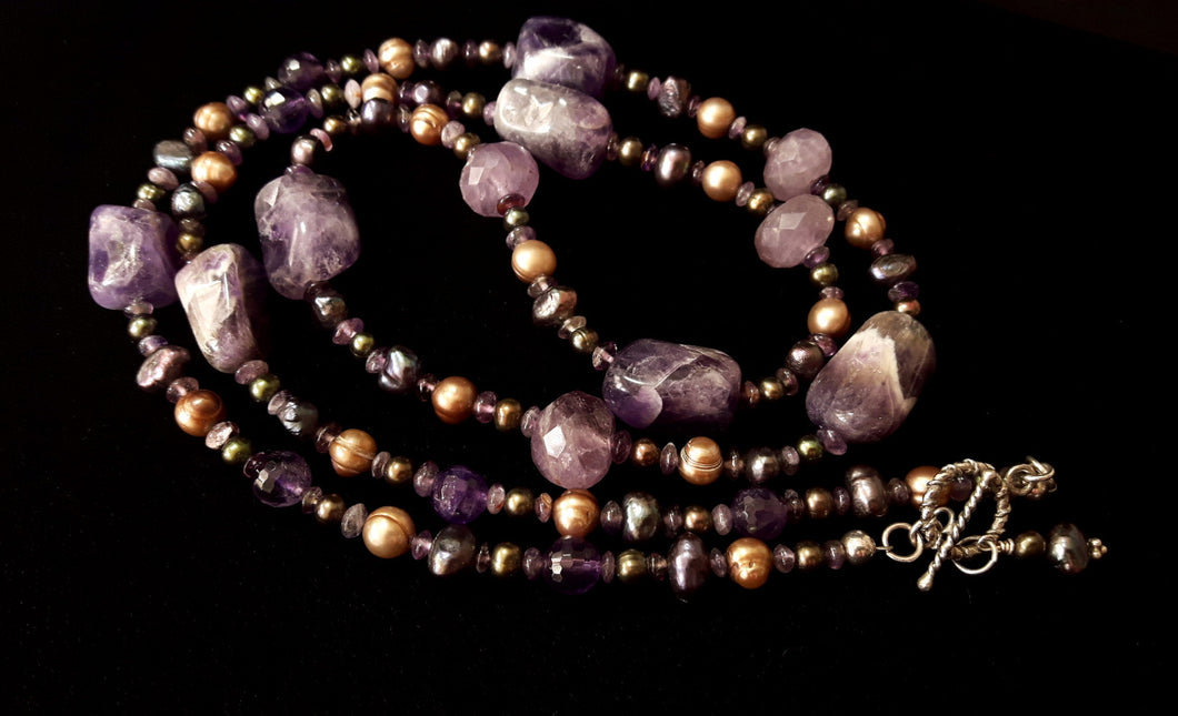 Luxurious Amethyst & Pearls Silver Necklace - Leila Haikonen Jewellery - 1