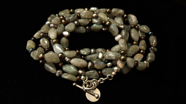 Labradorite & Black Pearl Silver Necklace - Leila Haikonen Jewellery - 4