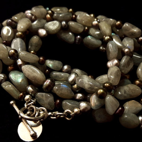 Labradorite & Black Pearl Silver Necklace - Leila Haikonen Jewellery - 1