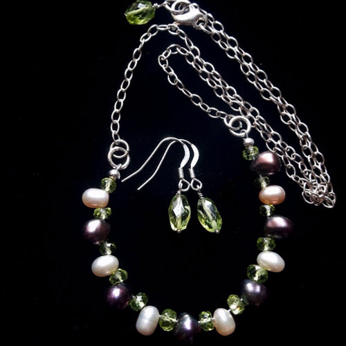 Black & Pink Pearl Peridot Silver Necklace
