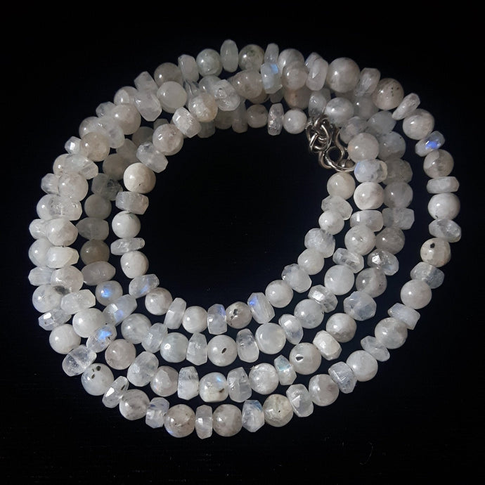 Moonstone Silver Necklace - Leila Haikonen Jewellery