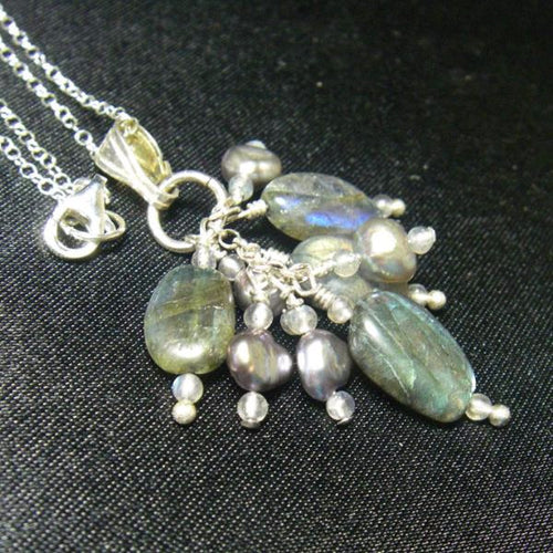 Blue Flash Labradorite Silver Cluster Pendant Necklace - Leila Haikonen Jewellery