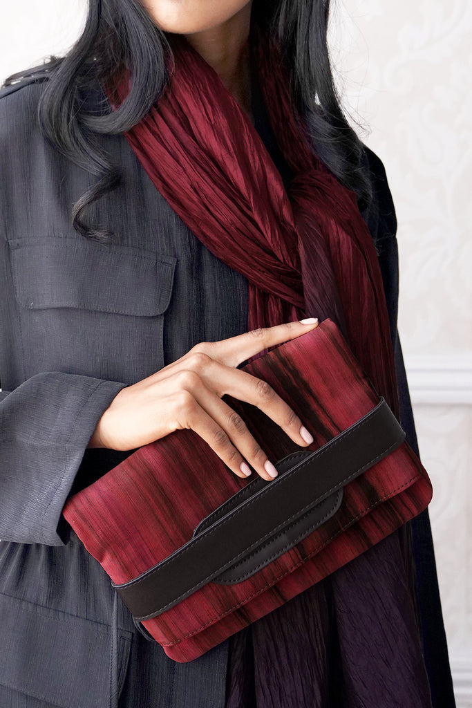 SILK CLUTCH AND CROSSBODY | Berry