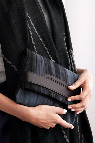 SILK CLUTCH AND CROSSBODY | Charcoal