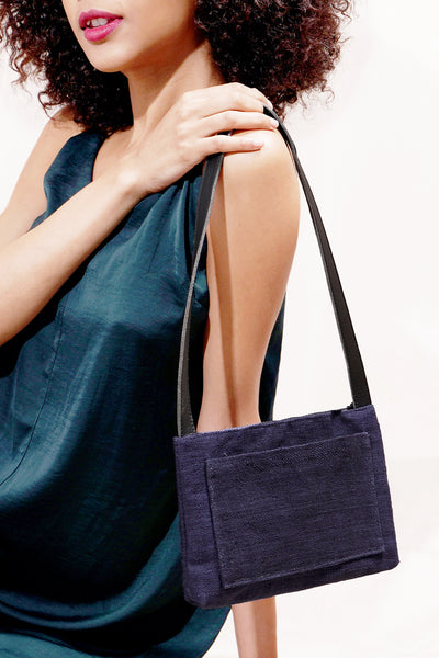COMPACT SHOULDER BAG | Navy