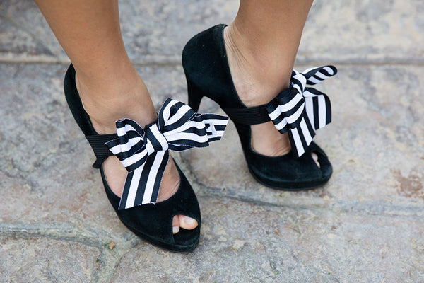 Black and White Shoe Straps