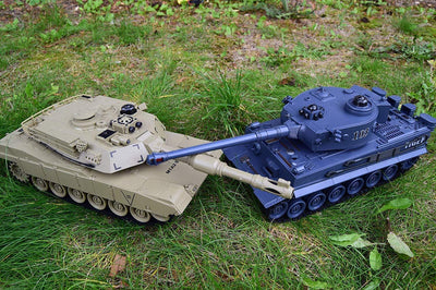 2 4GHZ LARGE RC TWIN BATTLE TANK RC RADIO REMOTE CONTROL ABRAMS M1-A2 Vs  TIGER-I
