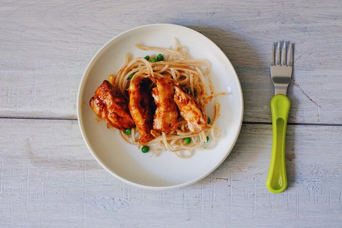 STICKY CHICKEN WITH KIDCHUP