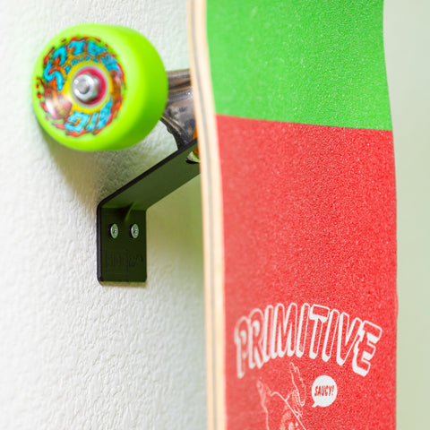 HIDEit VSkate Mount with Primitive Stakeboard securely mounted in it