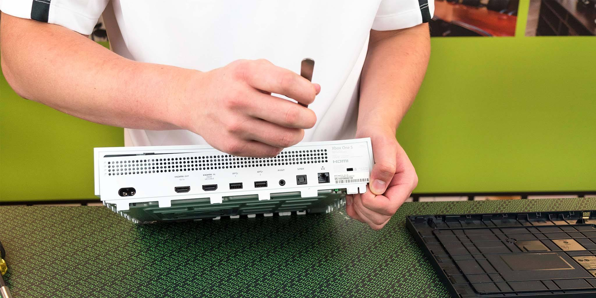 Xbox One S Cleaning Guide - HIDEit Mounts